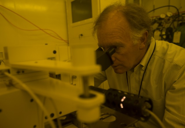 Bob Willett at Microscope