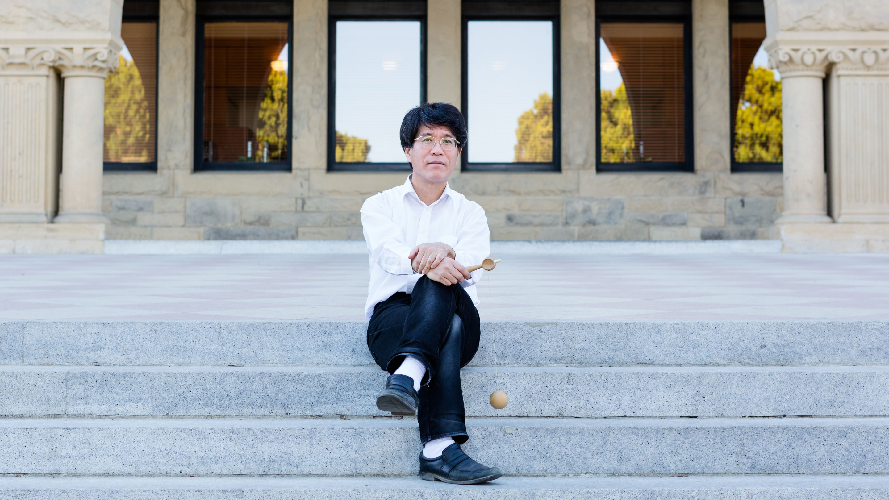 Tadashi Tokieda Collects Math and Physics Surprises | Quanta Magazine