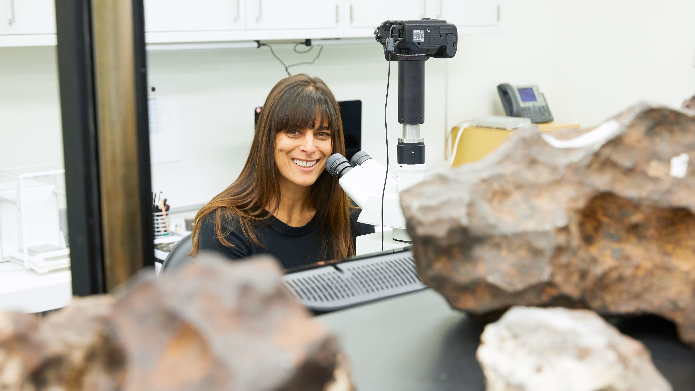 The Woman Who Gets Called When a Piece of Mars Falls From the Sky