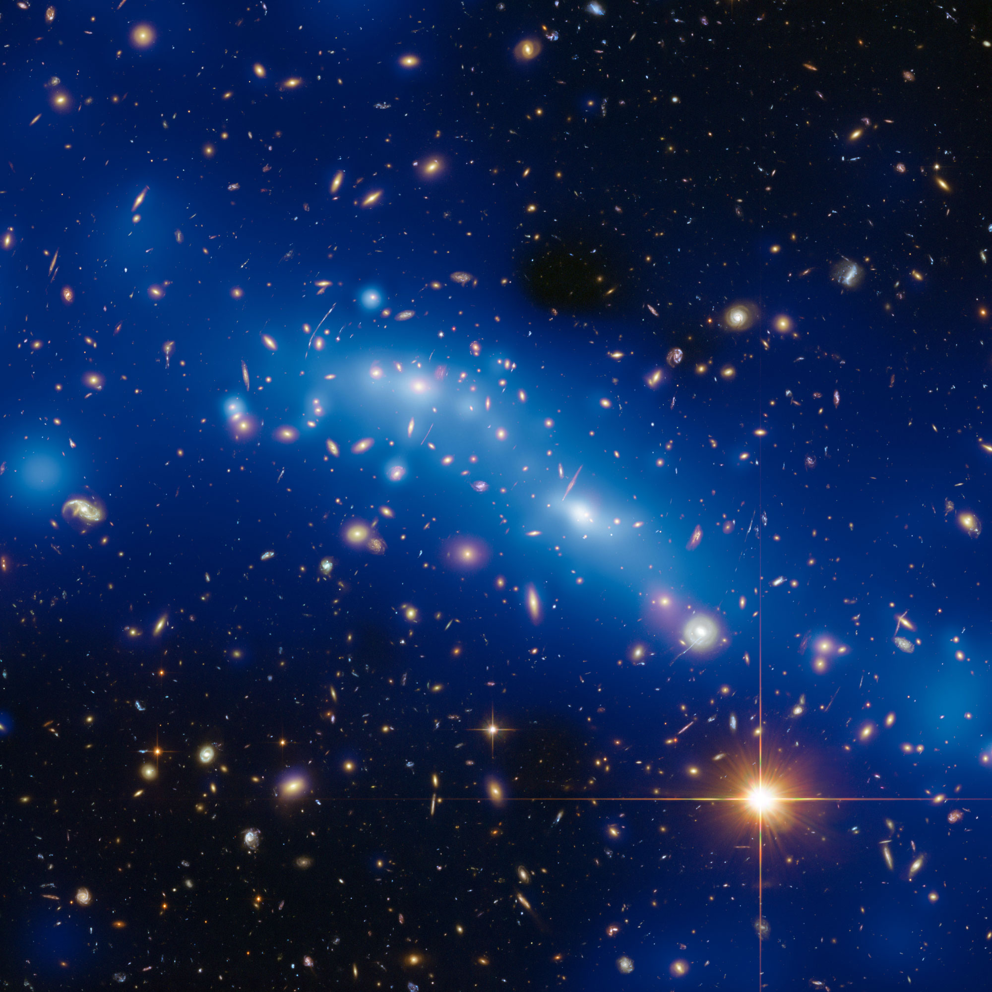 Mass map of galaxy cluster MCS J0416.1–2403.