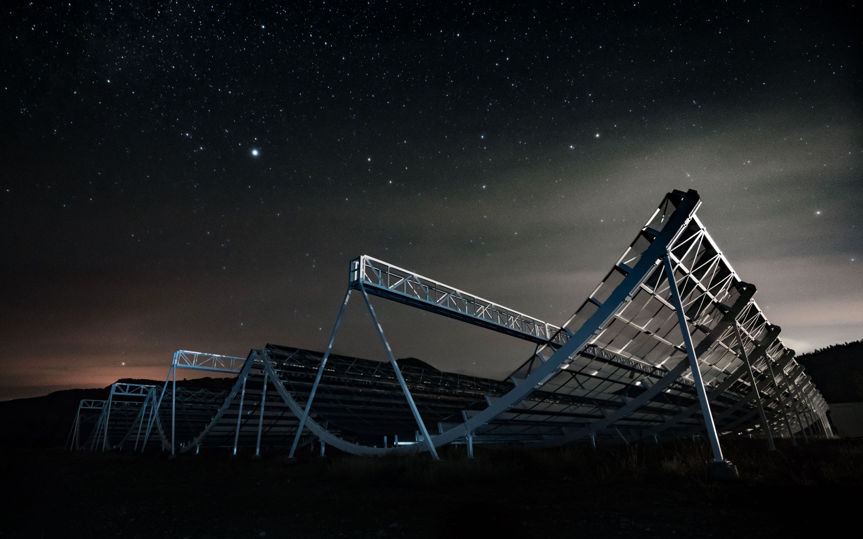 "Photo lede for ""With a Second Repeating Radio Burst, Astronomers Close In on an Explanation"""