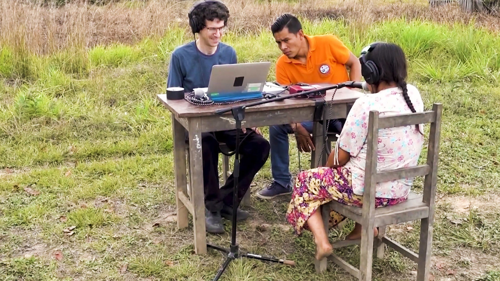 VIDEO: In their experiments, the researchers played pairs of musical tones and asked Tsimané volunteers to sing back the notes they heard. Sometimes this task required the volunteers to transpose the notes that they heard into an octave within their vocal range.