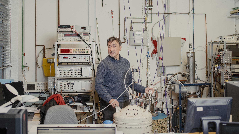 Miguel Ramos in his laboratory.
