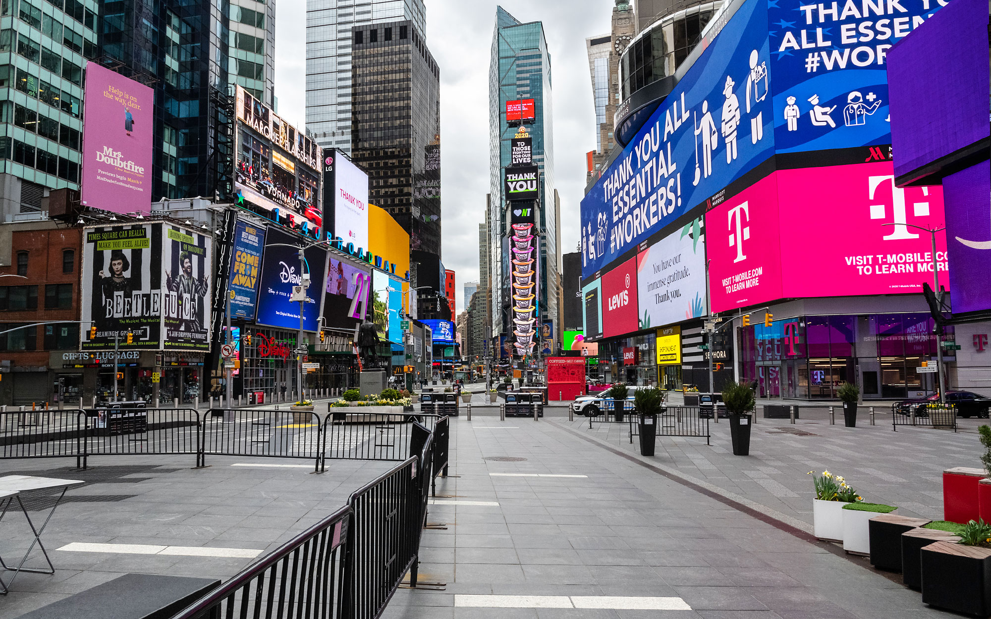 Photograph of Times Square in New York City, almost empty of people during the COVID-19 pandemic.