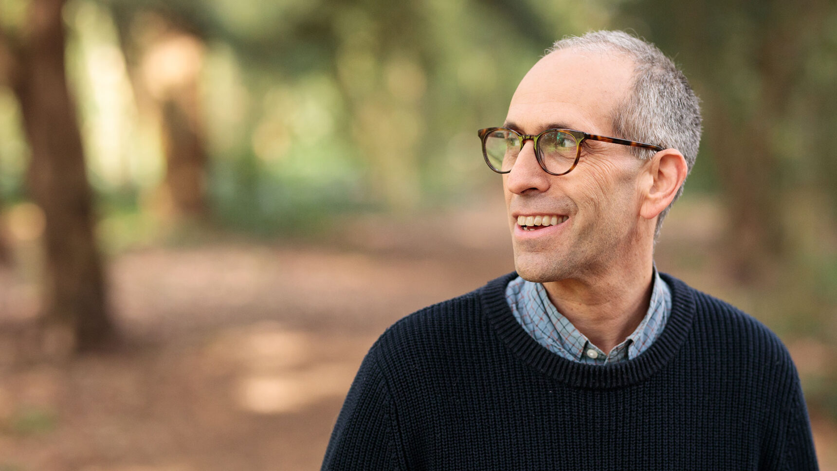 The zoologist Arik Kershenbaum of the University of Cambridge discusses convergent evolution, animal communications and why life throughout the universe may have certain common features.