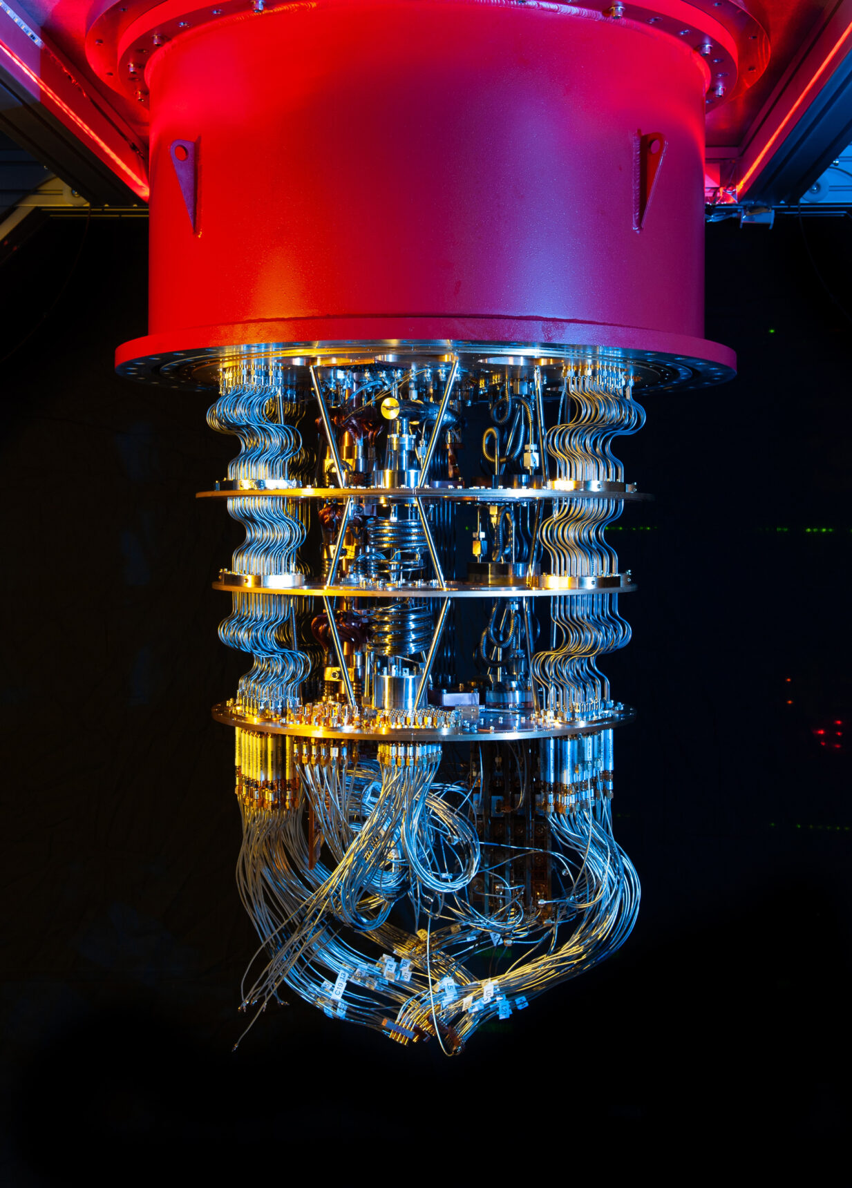 The cryostat used to hold Google's quantum processors.